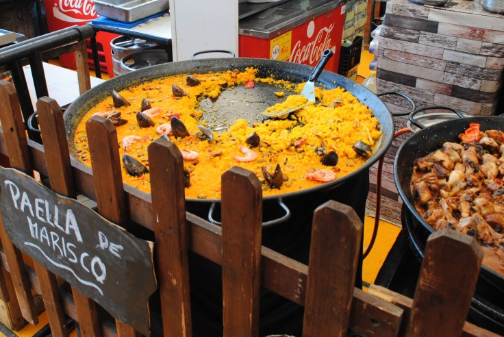 Spanish Seafood Paella - The Places We Live